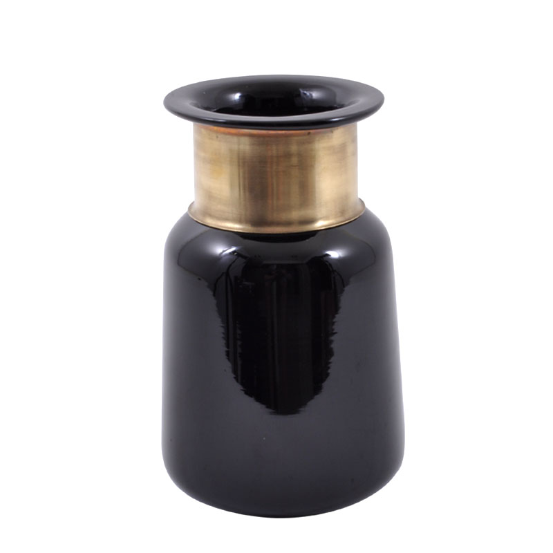 Μπουκάλι φυσητό γυαλί μαύρο με χρυσό στόμιο μικρό