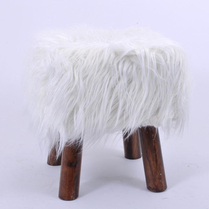 Γούνινο διακοσμητικο σκαμπώ λευκό 30εκ